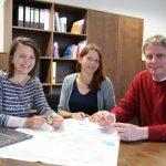Arbeitstreffen der Projektleitung: Präsident Prof. Burghart Schmidt, Simone Israel und Christine Lorenz-Lossin